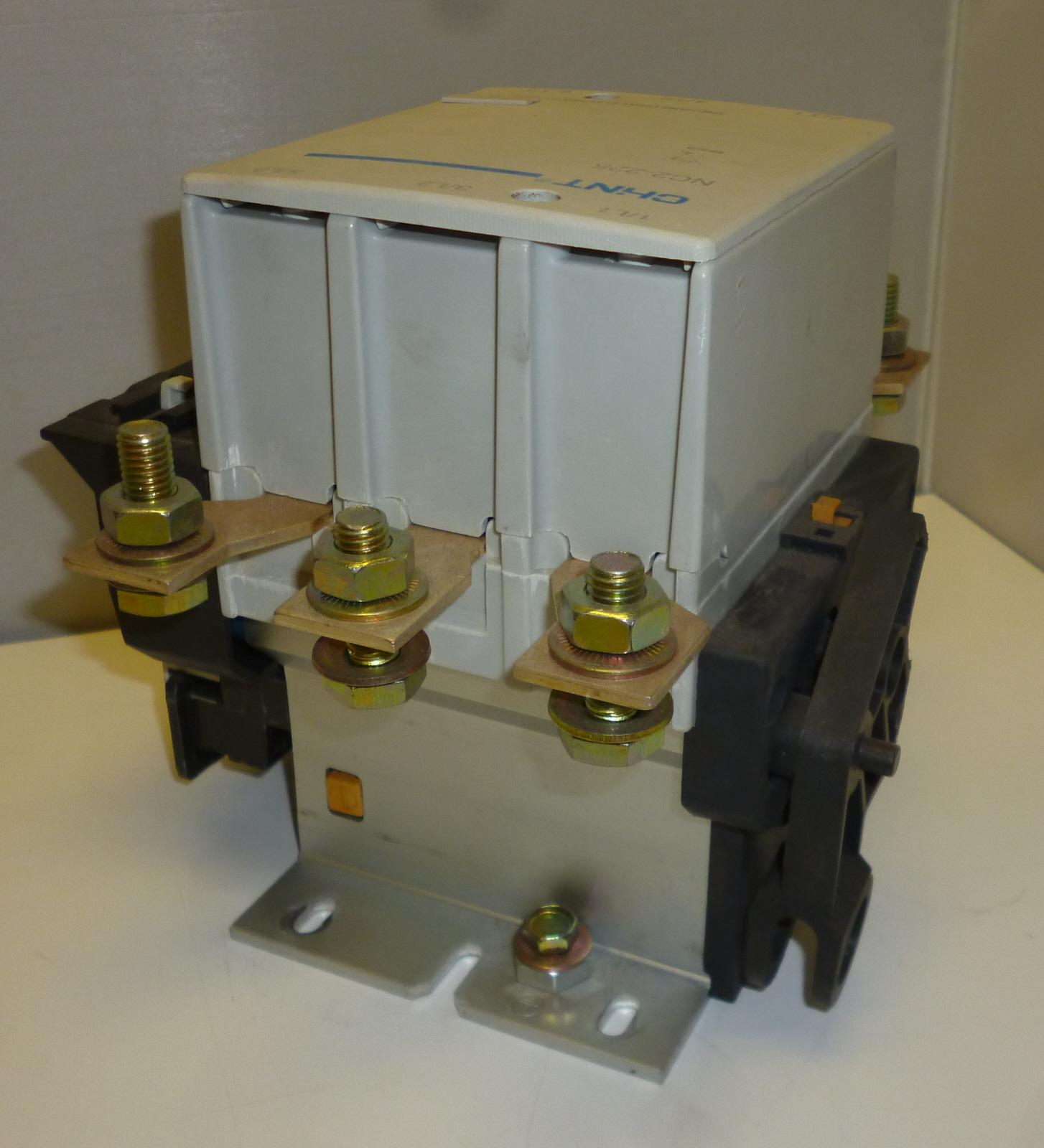 Chana CC2-225 3 Pole Contactor